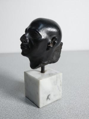 Riproduzione di antica scultura egiziana presente al Detroit Institute of Arts. AMR Alva Museum Replicas. New York USA