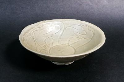 Ciotola in gres porcellanato. Cina, Dinastia Song XII-XIII sec.