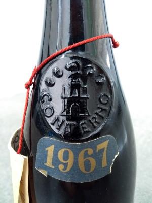 Bottiglia di vino della casa vinicola Giacomo CONTERNO, BAROLO del 1967. Monforte d