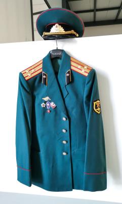 Uniforme da ufficiale dell