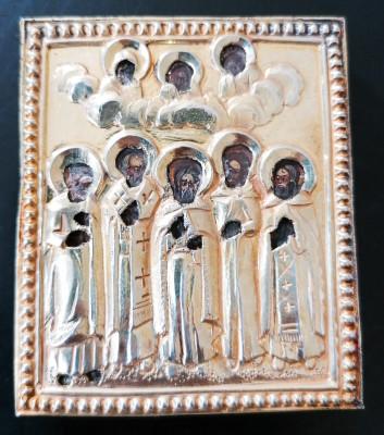 Tre antiche icone russe con riza in argento: Gruppo di santi, S. Romano il melode, Dormizione della Vergine. Russia, Metà Ottocento