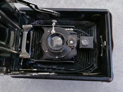 Macchina fotografica ICA VOLTA 125 a soffietto, con sei lastre. Anni 20/30