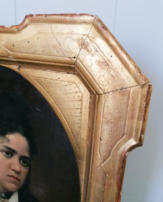 Dipinto in olio su tela di Antonio ZUCCARO Ritratto di donna, in cornice settecentesca dorata in foglia oro. Italia, Ottocento