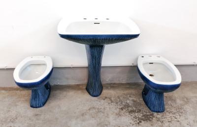 Antonia CAMPI Set da bagno modello GARDENA composto da lavabo, wc e bidet, in lavenite. S.C.I. Laveno. Italia, 1968