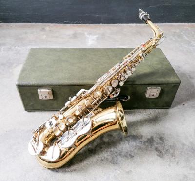 Sassofono contralto Musica STEYR, in custodia originale, con ance e accessori. Austria