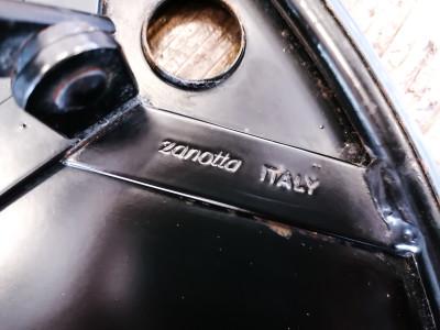 Tavolino pieghevole di design Cumano, Achille CASTIGLIONI per ZANOTTA. Variante nera. Italia, Anni 70/80