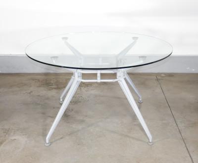 Tavolo tondo in vetro di design AIRON. Anni 80