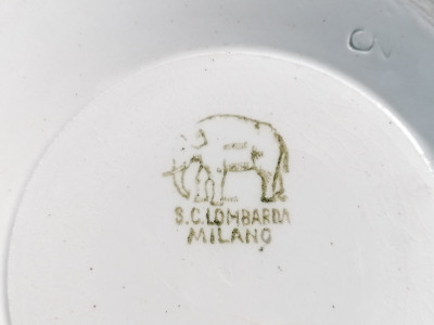Vaso cachepot in ceramica decorata con scene dell