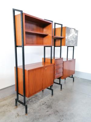 Wall Unit modulare, libreria componibile in legno, con mobiletti ad ante e cassetti. Design italiano, Anni 60/70