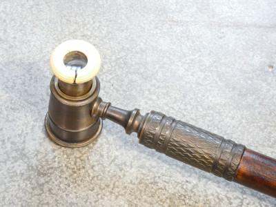 Bastone da passeggio da teatro con monocolo, in bronzo e legno, con bordo dell