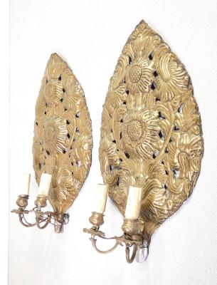 Coppia di applique palmette in ottone sbalzato. Italia, Settecento