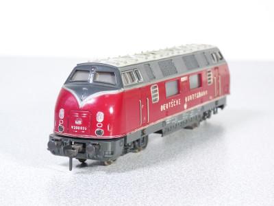 FLEISCHMANN Locomotiva diesel 1381 BR V200 035 DB. Germania, Anni 60