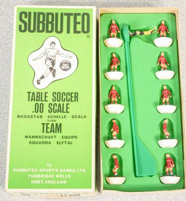 Confezione SUBBUTEO Team - Squadra Ref. 175. Inghilterra, Anni 70