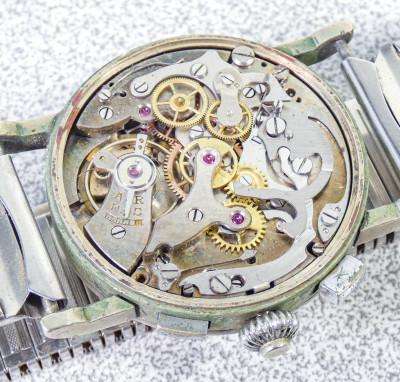 Cronografo da polso MERY WATCH con movimento LANDERON 47 a carica manuale, tre tasti, 17 gioielli. Svizzera, Anni 30