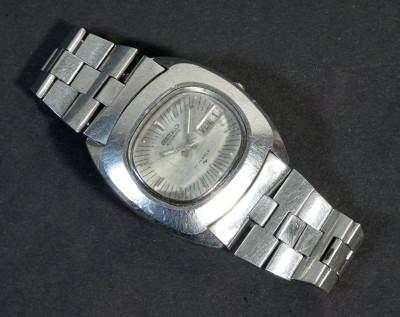 Orologio da polso automatico SEIKO 7006-5000, calendario e datario. Giappone, 1979