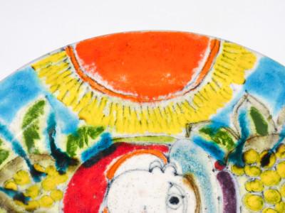 Piatto in ceramica dipinta sotto smalto Ceramiche DE SIMONE dipinto a mano. Sicilia