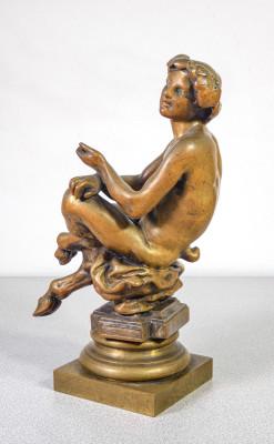 Scultura di un fauno, satiro, baccante, in bronzo massiccio. Ottocento