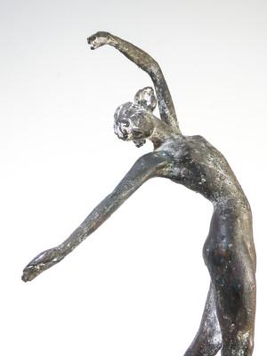 Scultura in bronzo a firma Narciso CASSINO Danzatrice. Italia, Secondo Novecento