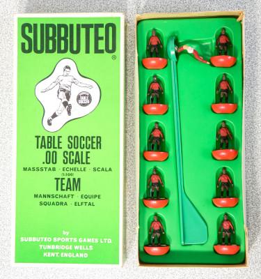 Confezione SUBBUTEO Team - Squadra Ref. 132. Inghilterra, Anni 70