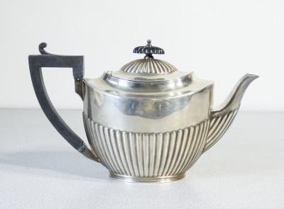 Teiera in silver plate ELIKINGTON & Co. Inghilterra, 1888