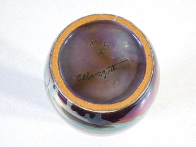 Vaso in cermica firmato Torido MAZZOTTI per M.G.A., smaltato e decorato a lustro. Albisola Italia, Prima metà del Novecento